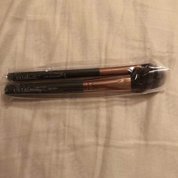 Ulta Beauty Other - Ulta eyeshadow and blush makeup Brushes